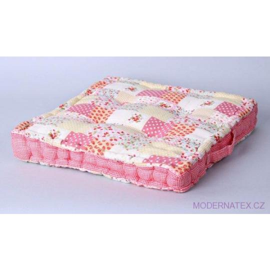 Poduszka siedziska w kolorze różowym 38x38x4cm